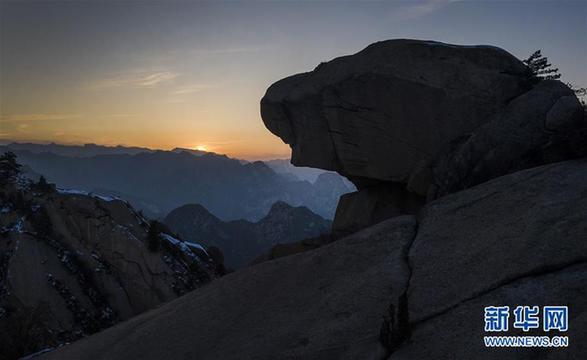 (美丽中国)(5)晚霞中的西岳华山