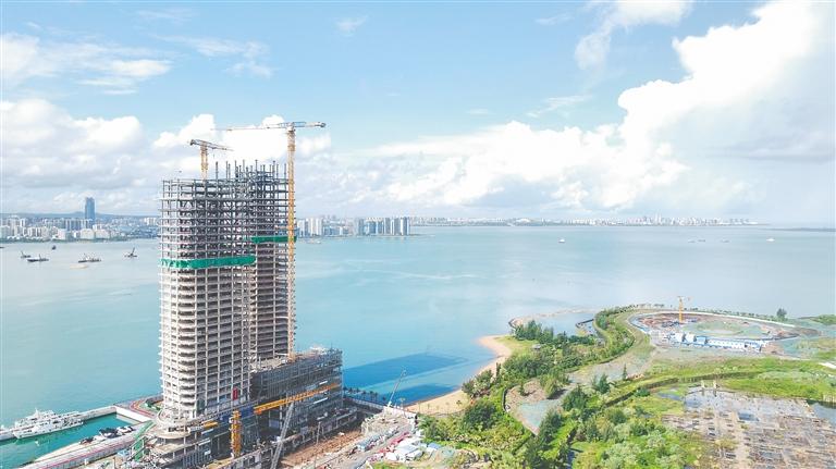 海口装配式钢结构建筑领域的首个全钢结构项目全面封顶
