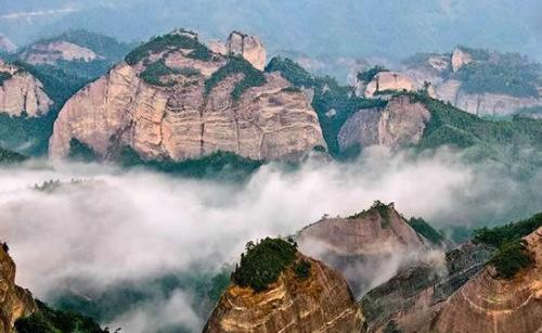 """风景区""""捆绑""""申报自然遗产,包含的6个申报点分别是福建泰宁,湖南莨山"""
