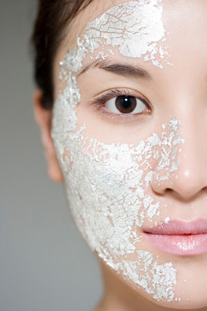 special tip:   使用深层清洁面膜前蒸个桑拿绝对是彻底清洁毛孔的