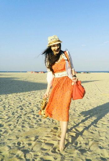 海边旅游穿衣图片