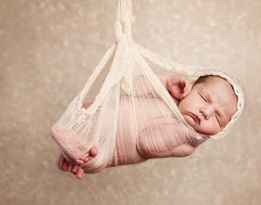 新生儿超可爱睡姿
