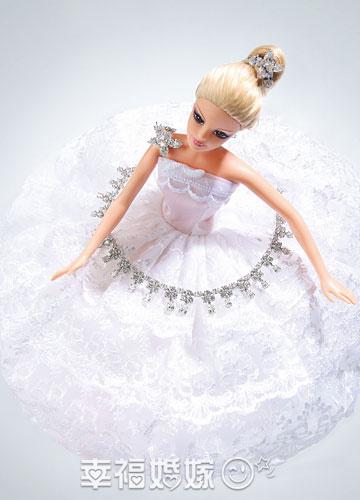 每一个新娘都会有一个粉红色的公主梦,这个梦境里,有可爱的芭比,有