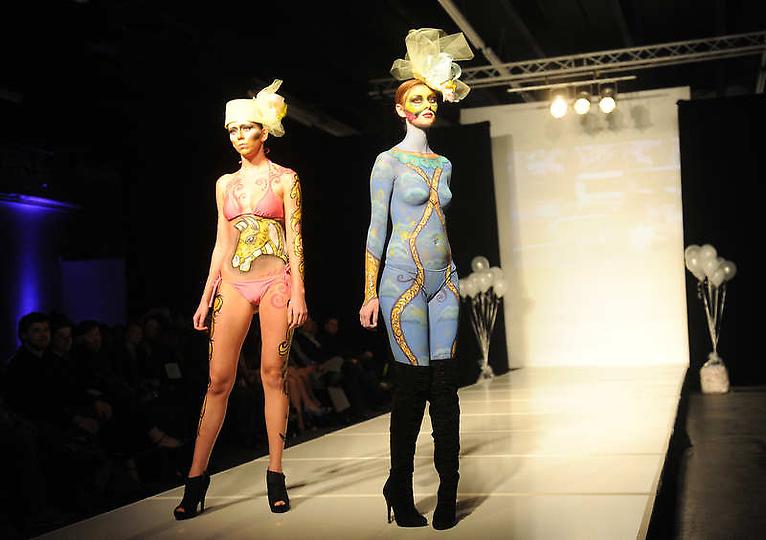 美国大胆时装秀上演另类人体艺术图片频道 海
