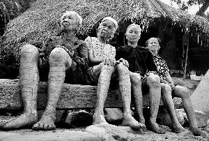 记录海南黎族文身文化 即将消逝的文化符号图片