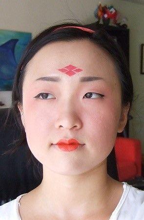 baby新剧变大唐花魁 唐朝仕女妆步骤揭秘