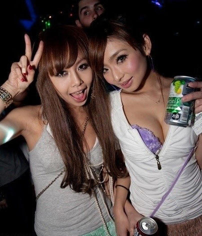 日本美女疯狂夜生活 尺度异常惊人