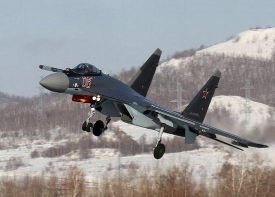 这样的飞机在俄国相对成熟并达到稳定产能,能很快交机,而中国空军20年