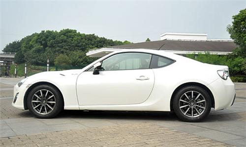 日本汽车厂商能在这些小型跑车上有何大作为,但丰田gt86还是给我们