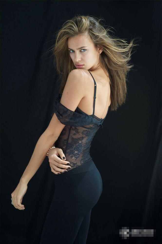 全球身材最棒最性感十大女星:米雪儿大长腿劳