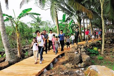 千年树龄的古榕树和连体榕树树荫环抱的乡村原生态休闲旅游公园,全