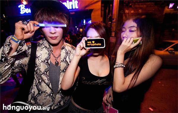 实拍韩国女孩夜生活图片频道