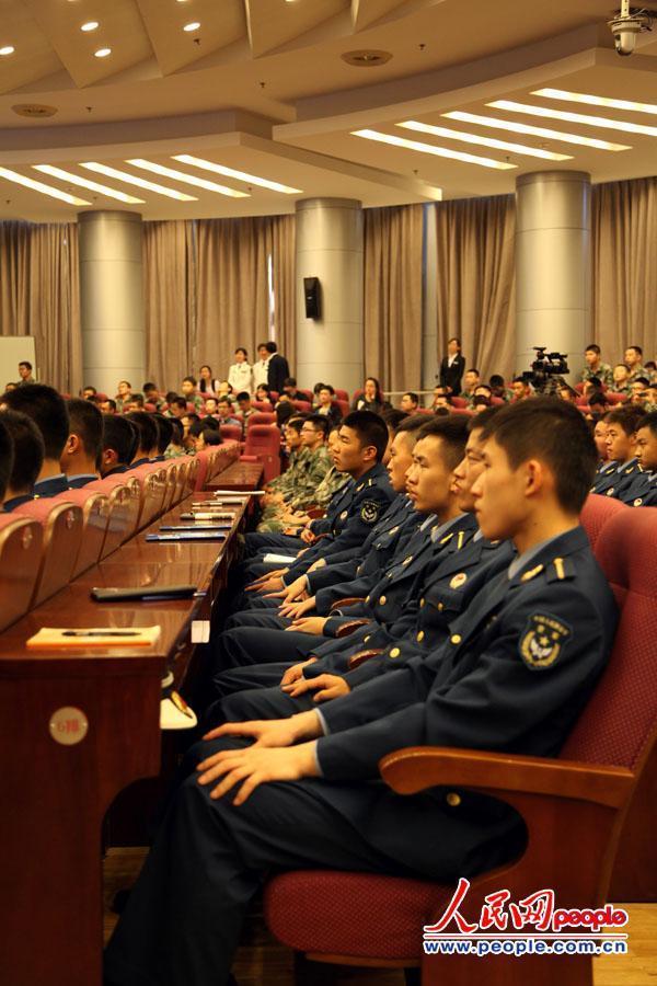 辽宁舰舰长张峥首次公开演讲 中国需要能打仗的航母 - 东江红 - 东江红博客