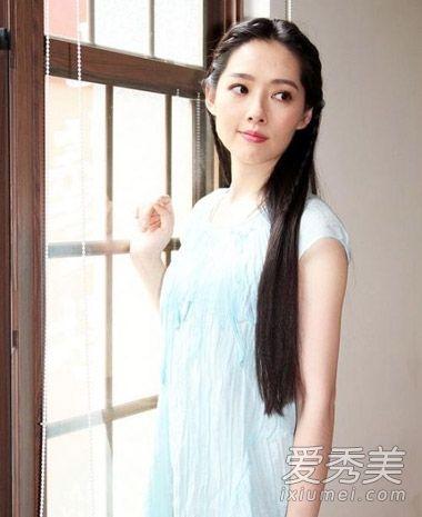 《女神新装》郭碧婷发型 换空气刘海更美了图片