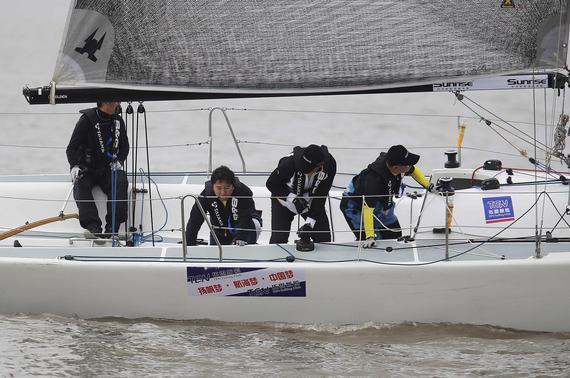 环渤海帆船拉力赛展开首日角逐 卫冕冠军表现抢眼