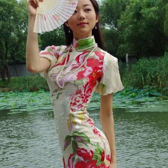 盘穿旗袍最美的女星 刘亦菲汤唯韩雪李小冉周