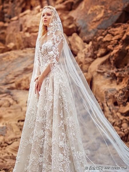 本季婚纱主打欧式华丽优雅魅力,每件礼服都是独一无二的新娘嫁衣.