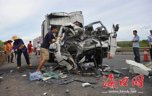海南东线高速车祸6死2伤 肇事司机已被警方控制(图)