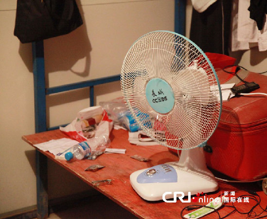 探访南京最大民工夫妻房 专家称可有效缓解性