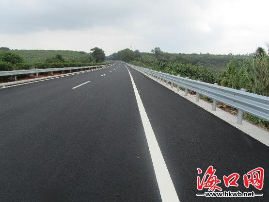 海南西线高速今15时起恢复双向通行