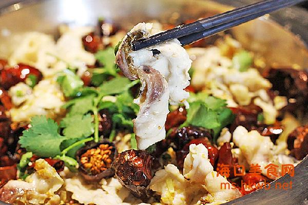鱿鱼虾海鲜木桶饭图片大全