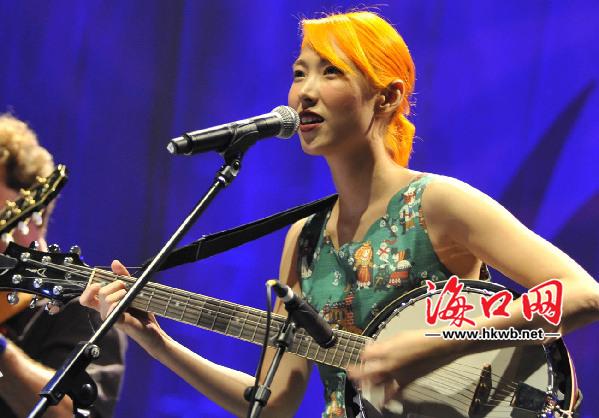 首届海南国际爵士音乐节开幕 中外知名歌手齐助阵