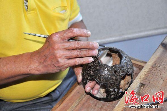海南椰雕工艺应发扬光大
