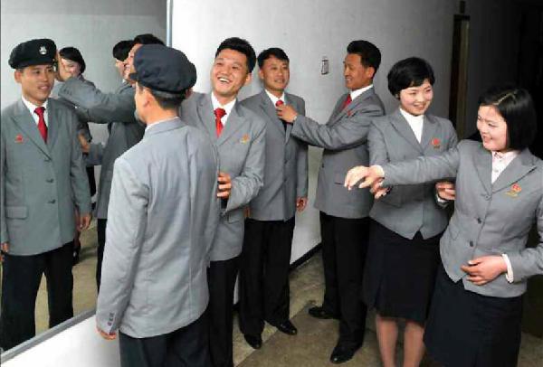 朝鲜新校服