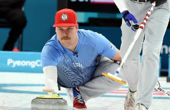 (冬奥会)(5)冰壶——男子冰壶决赛:美国队夺冠