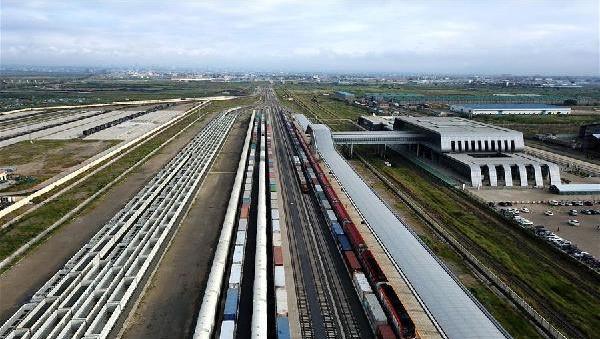 (国际·出访配合·图文互动)(1)中国公司本地化运营蒙内铁路赢得肯尼亚民心