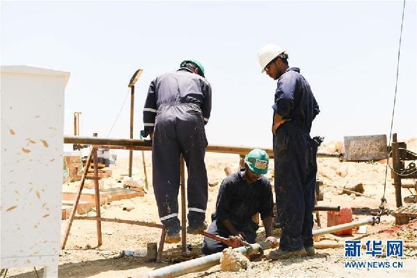 (国际·图文互动)(1)中埃建设者携手落实埃及新首都梦