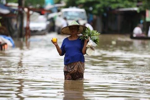 (国际)(2)缅甸洪水泛滥