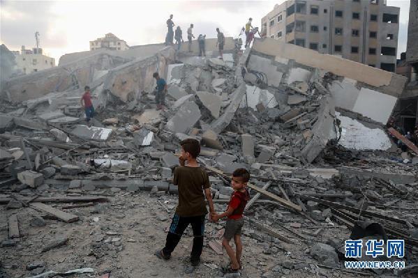 (国际)(1)以色列战机继续轰炸加沙地带致18名巴勒斯坦人受伤