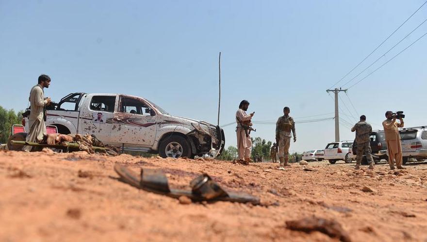 (国际)(1)阿富汗集会现场遭自杀式炸弹袭击7人死伤
