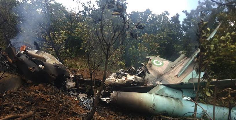 (国际)(1)尼日利亚两架军机发生空中碰撞后坠毁