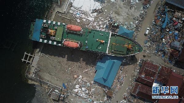 (国际)(5)印尼地震和海啸已造成2045人死亡