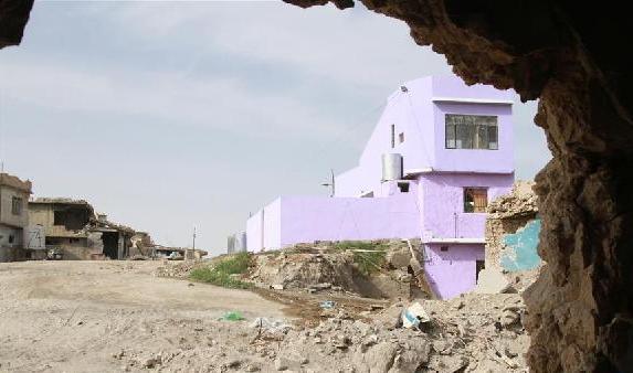 (国际)(1)摩苏尔废墟中建起首座新房