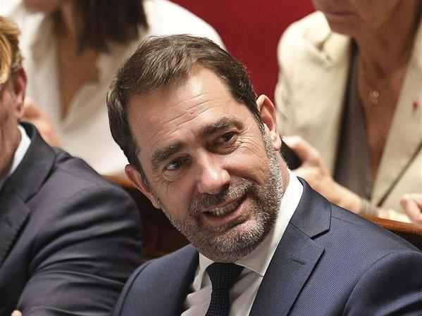 (国际)(1)法国政府完成重组