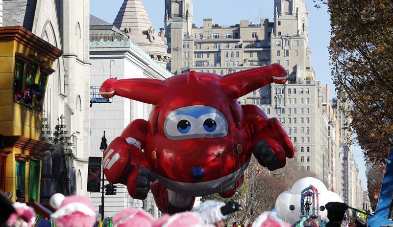 (国际)(5)纽约举行2018感恩节大游行