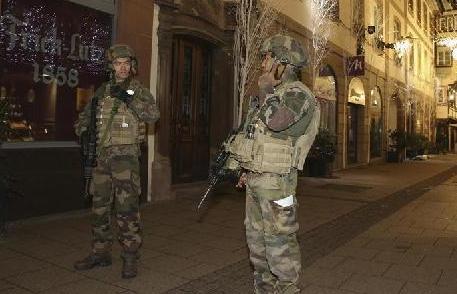(国际)(2)法国斯特拉斯堡市发生枪击事件致2死11伤