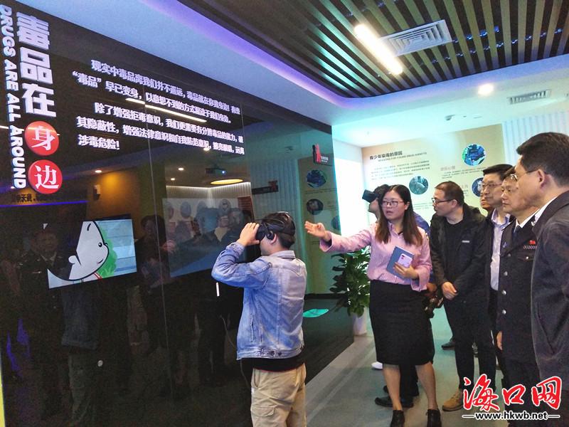 原创    海南省公安厅副厅长,省禁毒办主任,省禁毒总队总队长刘海志图片