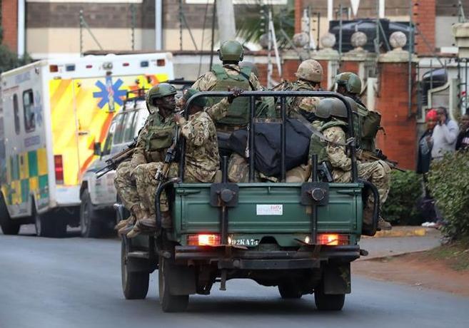 (国际·图文互动)(2)肯尼亚首都一商业综合体遭爆炸袭击致多人死伤