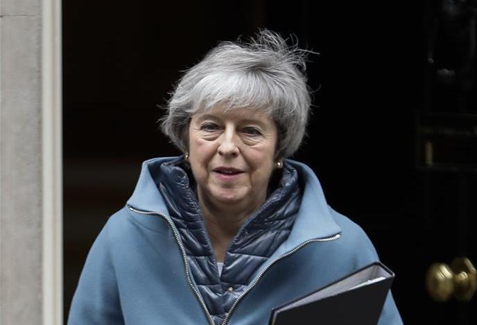 """(国际)(1)英首相赴议会通报""""脱欧""""会谈最新进展"""