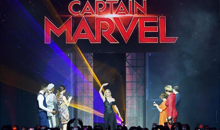 (国际)(1)电影《惊奇队长》主要演员与导演在新加坡与影迷会见