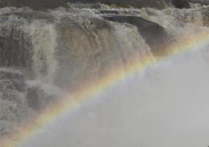 #(环?#24120;?)黄河壶口瀑布水量增大