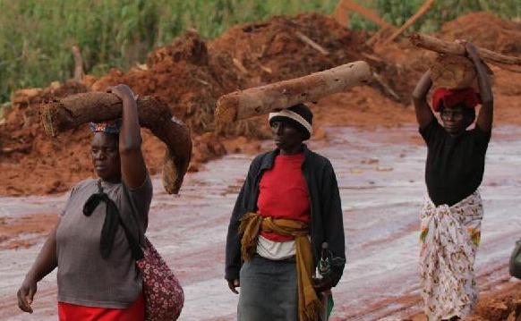 """(国际)(2)强热带气旋""""伊代""""致津巴布韦154人死亡"""