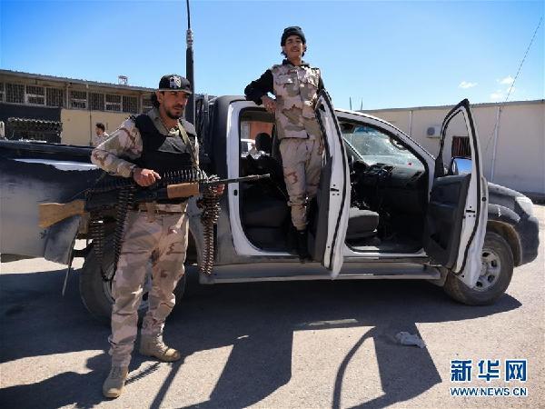 (国际)(1)利比亚民族团结政府军队在的黎波里南部集结
