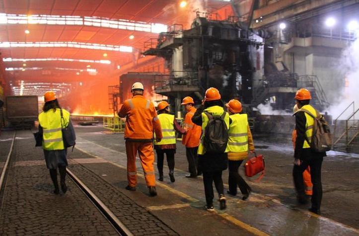 (国际·图文互动)(3)中国人帮助一座塞尔维亚钢铁厂重生