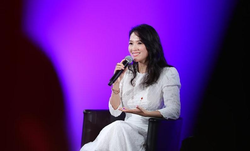 (新华视界)(4)中国演员章子怡在戛纳电影节大师班开讲