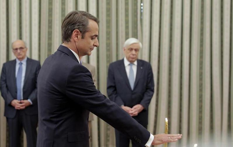 (国际)(1)米佐塔基斯就任希腊新总理